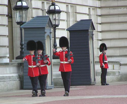 Buckingham Guards 3